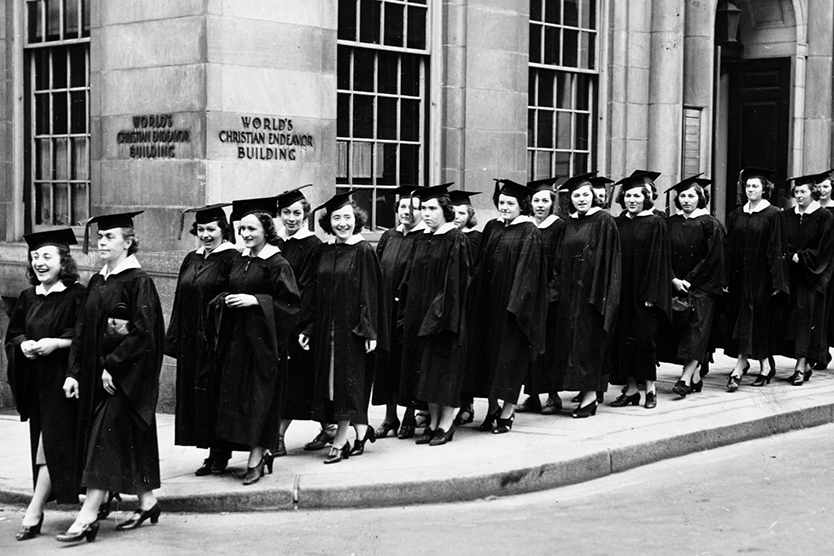 Photo of the graduating class of 1939 emphasizes New England Law | Boston's law school history.