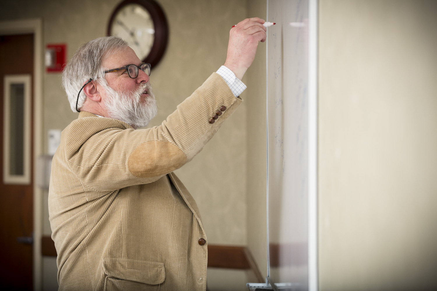 Business law professor teaching at the New England Law | Boston business law center.